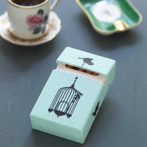 etui-paquet-de-cigarettes-cage