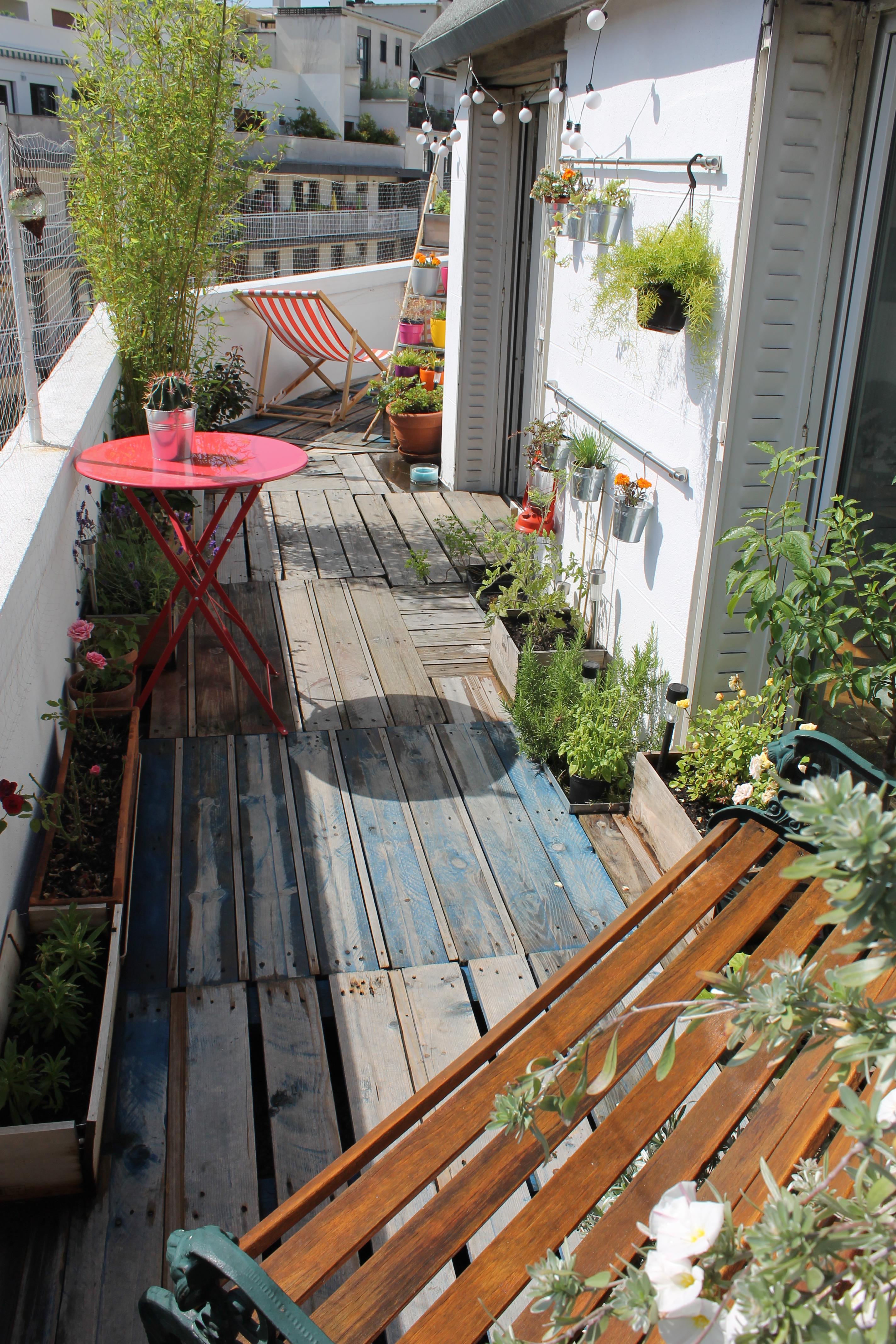 Diy r aliser une terrasse avec des palettes rise and shine - Terrasse en palette de recuperation ...