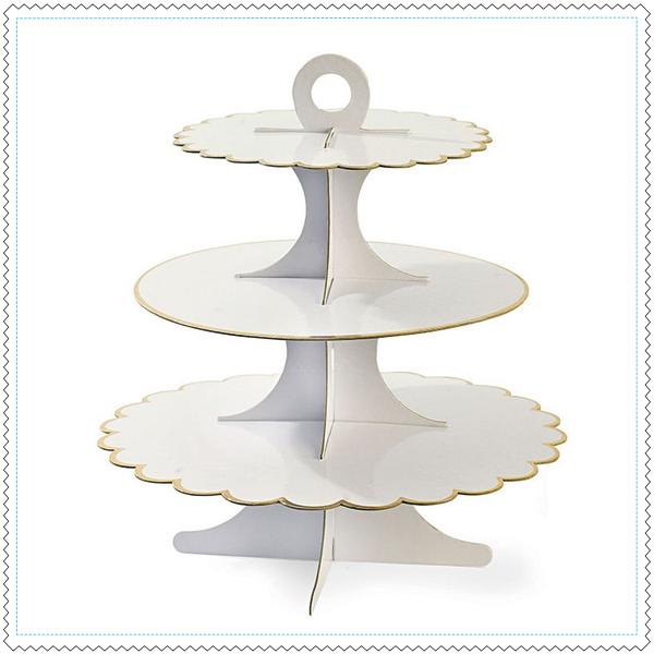 plateau-blanc-or-cupcake-gateaux-miss-etoile