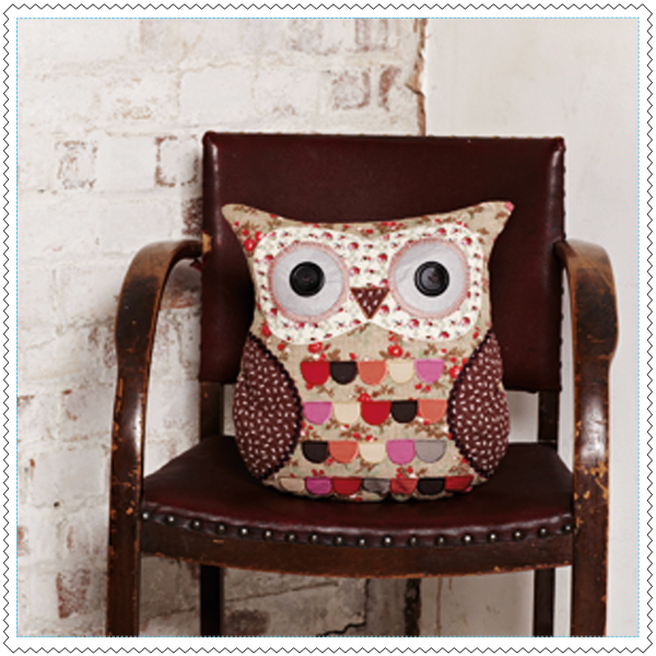 RJB-coussin-hibou-ambiance