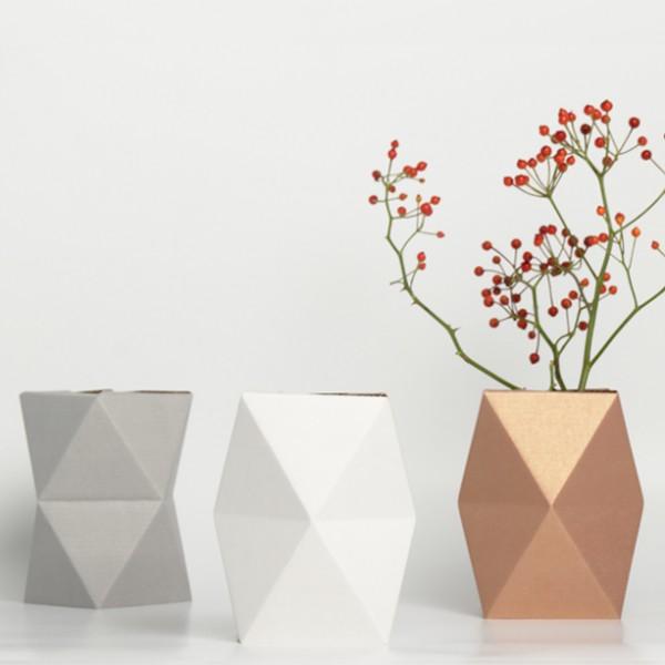 vase-snug-carton-low