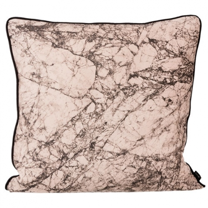 coussin-marbre-ferm-living-rose-1