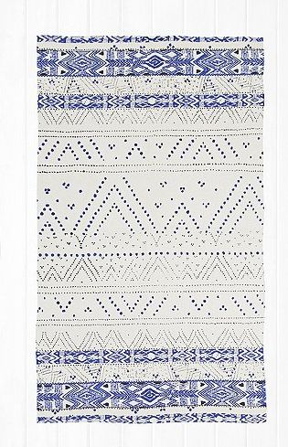 FireShot Screen Capture #278 - 'Tapis Moon bleu à motif géométrique 3x5 - Urban Outfitters' - www_urbanoutfitters_com_fr_catalog_productdetail_jsp_id=5532992530104&parentid=RUGS-DOORMATS-EU