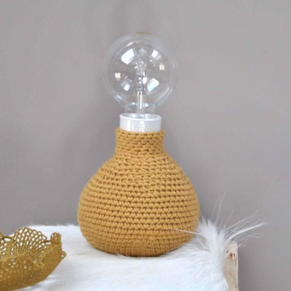 Lampe en crochet, Artagule & Constant, 99€
