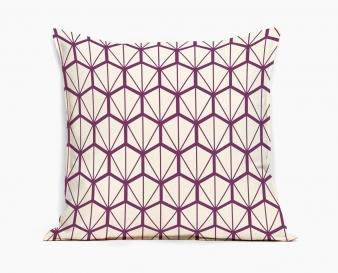 coussin-design-fragments-violet-motif-geometrique