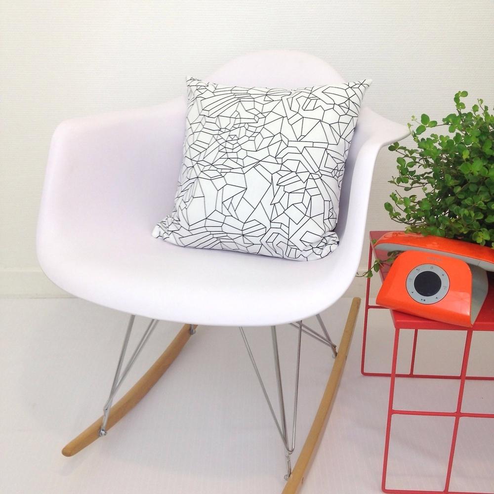 call me spring des housses de coussin l esprit scandinave rise and shine. Black Bedroom Furniture Sets. Home Design Ideas